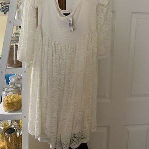 Torrid size 2 in plus size. NWT lace dress